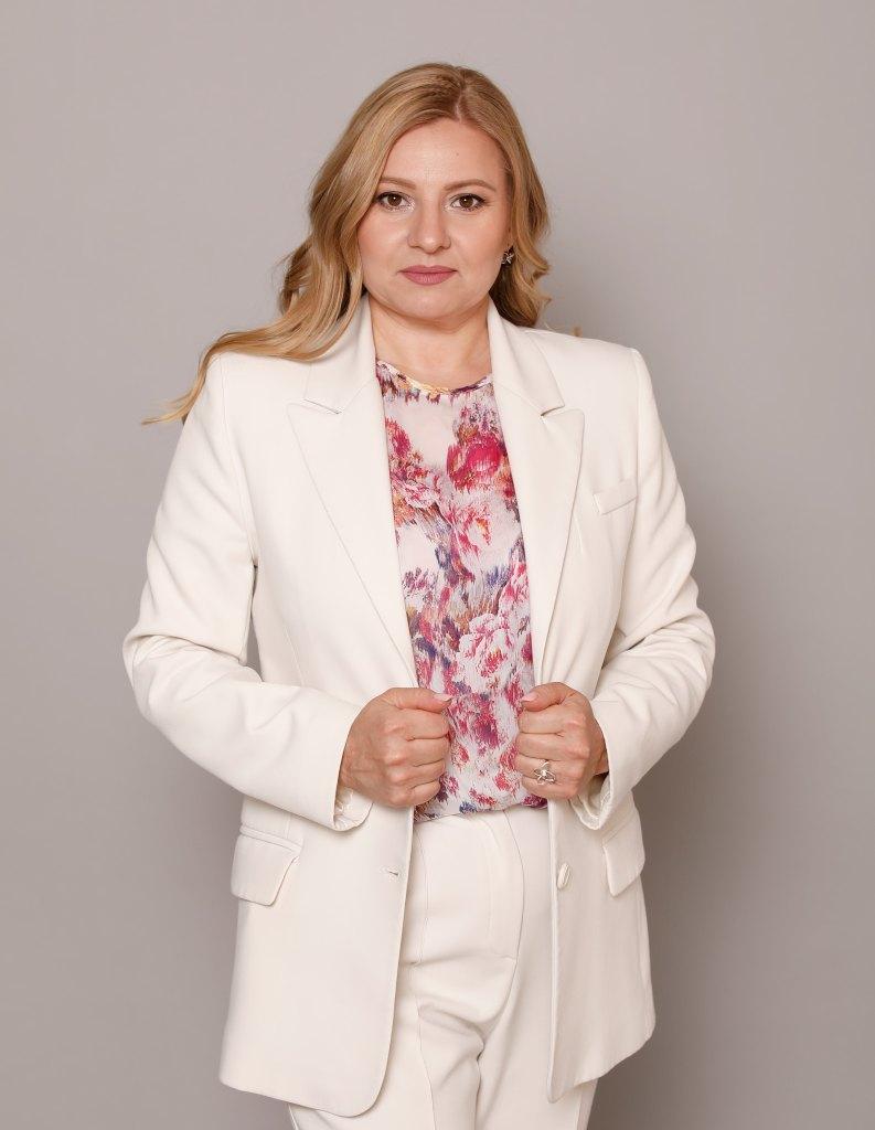 Олена Дьяченко